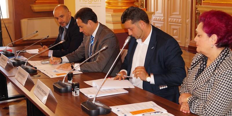 Semnare contract de finantare nerambursabila Regio-POR_Arad_2 octombrie 2014